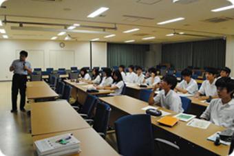 SS基礎学外サイエンス学習 神戸大学理学部