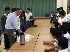 「極低温の世界」を研修(神戸大)