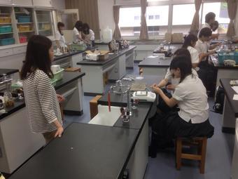 高Ⅱ理科課題研究統一実験を実施