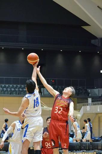本校教員が第10回全日本クラブスーパーシニアバスケットボール交歓大会で活躍しました