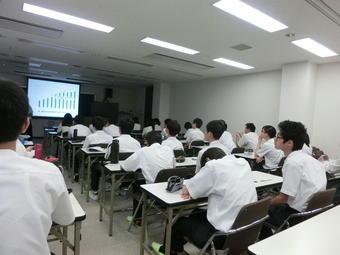 京都府立大学生命環境科学部附属農場で学外サイエンス学習を行いました