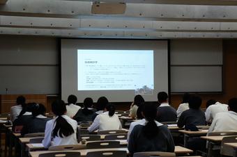 第2回「文系科学探究講演会」を行いました